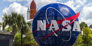 Kennedy space center capa 300x150 - NASA - Kennedy Space Center - Roteiro