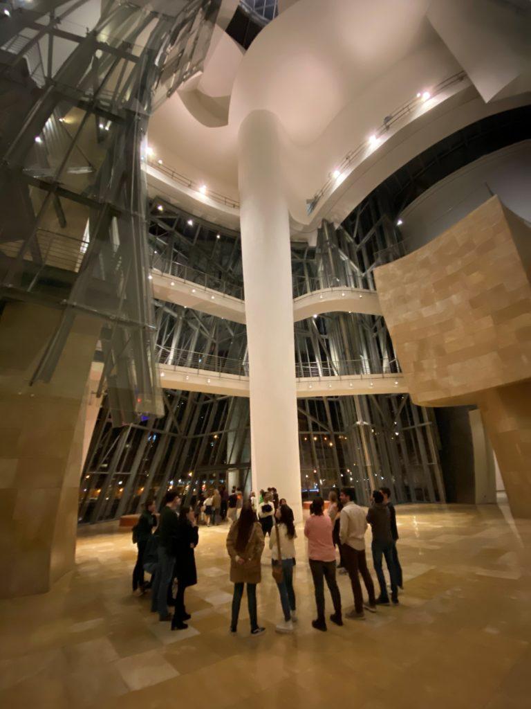 museus bilbao 768x1024 - Bilbao Espanha - Onde fica, roteiro e dicas