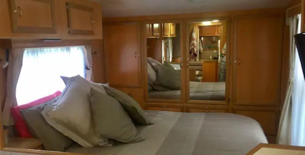 quarto trailer 1024x521 - Airbnb - segredos para conseguir desconto em sua hospedagem + Cupom Ativo