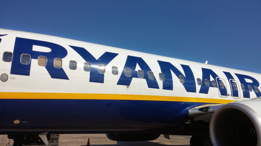 ryan air low cost 1024x576 - Companhias Aéreas Baratas na Europa: Low Cost