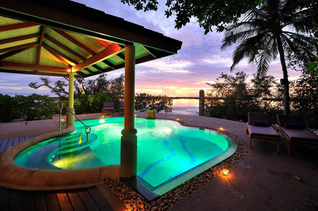 SUITES - Hotéis baratos nas Maldivas - Top 10 resorts